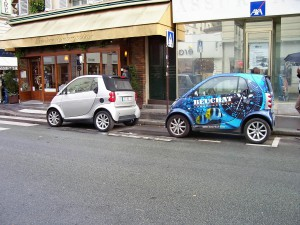 Smart cars are the answer to Paris' parking problems and the high cost of gas.