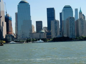 From the Circle Line boat we have a great view of the New York skyline.