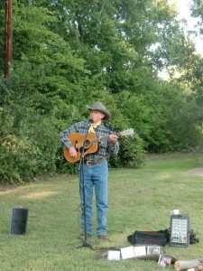 At the Pioneer Bluffs Farm Jeff Davidson sings cowboy songs about the driving of cattle from Texas to Abilene, Kansas.