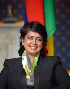 """Dr. Ameenah Gurib-Fakim, former President of Mauritius, said, """"Let us act to do things with our conscience and build a better world, one that our grandchildren will be proud of."""""""